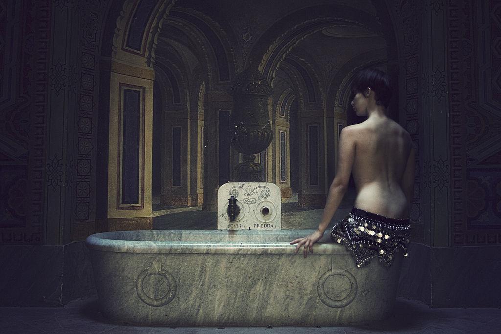 Wanna to centralny element wystroju retro łazienki