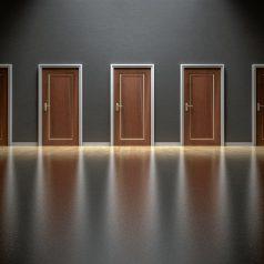 Drzwi wejściowe do mieszkania – jakie wybrać?