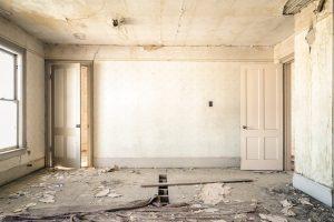 dilapidated-983952_960_720-1