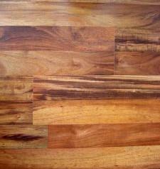 Drewno tekowe ozdobą mieszkania