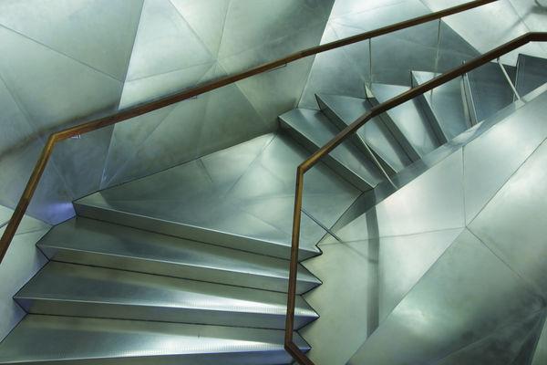 Szafa w schodach – czemu nie?