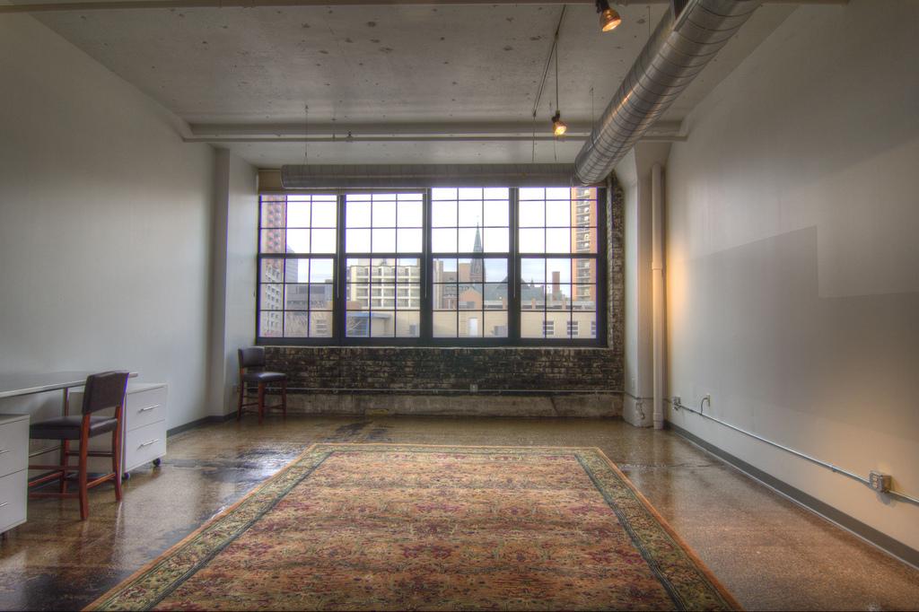 loft, wybór dywanu, aranżacja
